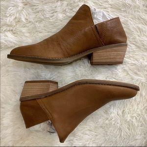 Lucky Brand Women's Fausst Ankle Boot, Cedar, 8 M